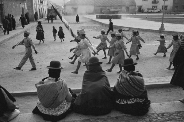 "Michael Friedel ""Schülerparade"" Cuzco, Hochland Peru, 1972"
