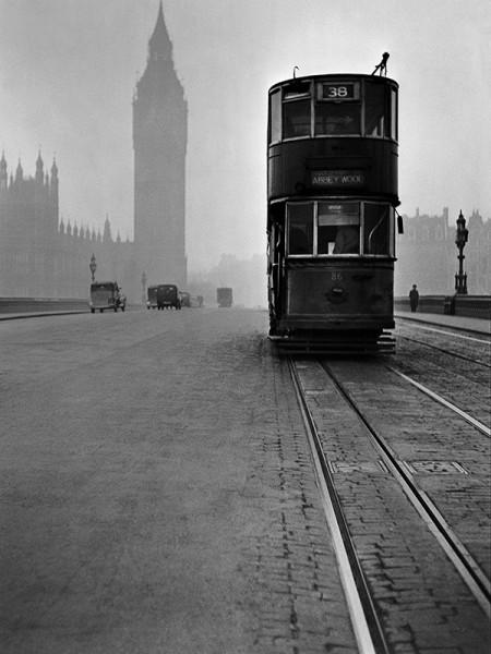 "René Groebli ""London (#1201)"", 1949"