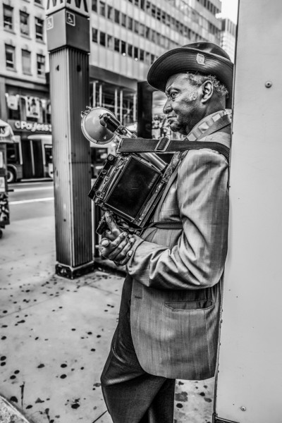 "Mathieu Bitton ""Louis Mendes, Street photographer"", New York City, 2016"