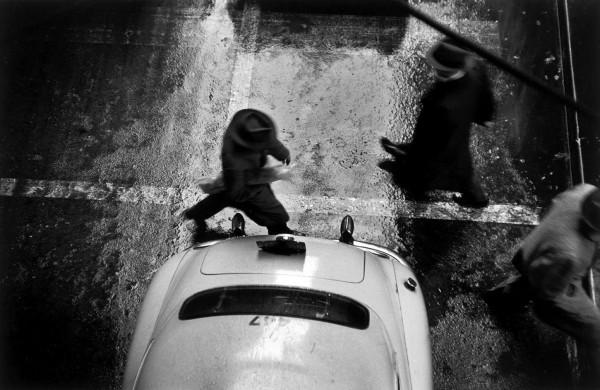 """Werner Bischof """"In den Straßen von New York"""", USA, 1953"""