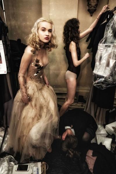 "Holger Sà ""Dressing, Michaela Tomanová"", Paris, 2019"
