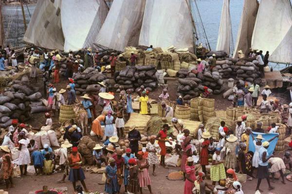 "Michael Friedel ""Holzkohlenmarkt"", Miragoane, Haiti, 1968"