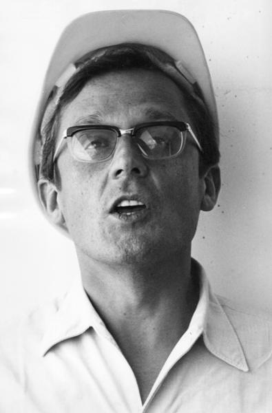 """Michael Friedel """"Dieter Hildebrandt, Wunschvorstellung Bauarbeiter"""", München, 1968"""