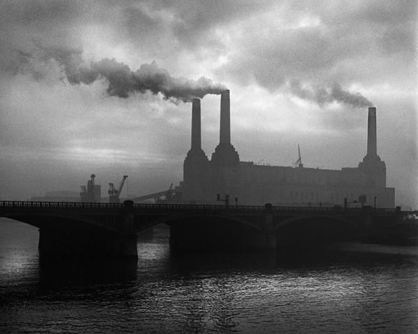 "René Groebli ""London (#1203)"", 1949"