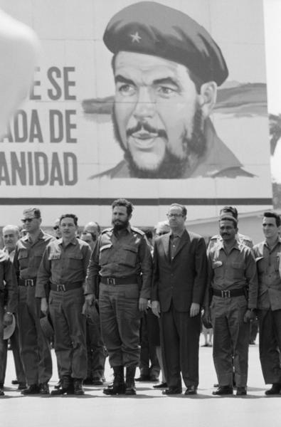"Michael Friedel ""Parade 1. Mai, Fidel Castro und sein Bruder Raoul"", Havanna, Kuba, 1967"