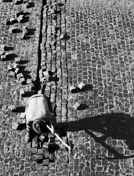 Régis Bossu ''Cobblestone repair'', 1971