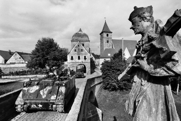 Régis Bossu ''US army unit rumbles through the medieval Bavarian village of Ornbau'', 1973