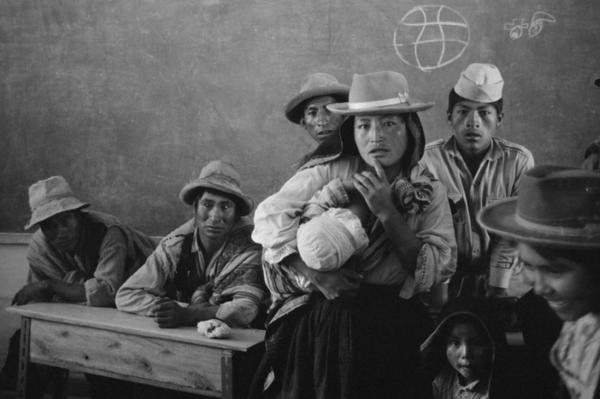 """Michael Friedel """"Erwachsenenbildung, Volksschule"""", Hochland Peru, 1972"""