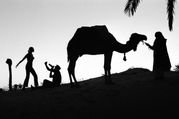 "Michael Friedel ""Ali Khan, Fotograf, Modeaufnahmen"", Tunesien, 1968"