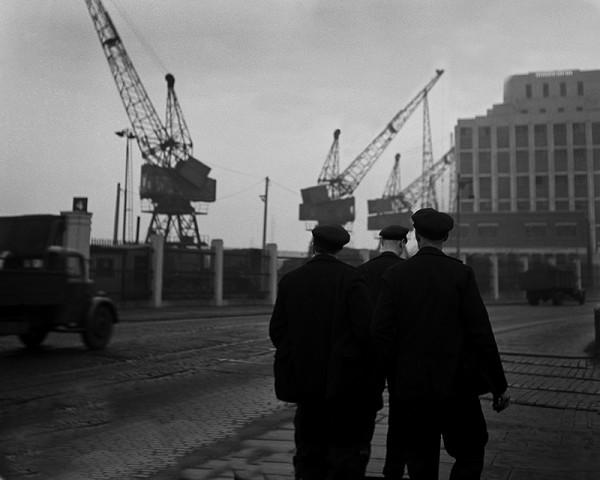 "René Groebli ""London (#1225)"", 1949"