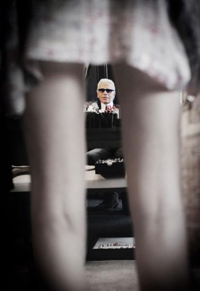 """Emanuele Scorcelletti """"A muse, Karl Lagerfeld, Chanel"""", Juni 2004"""