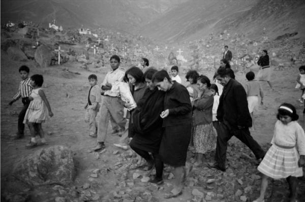 "Michael Friedel ""Wüsten-Friedhof"", Lima, Peru, 1972"