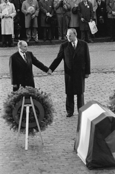 Régis Bossu ''French President François Miterrand and Chancellor Helmut Kohl hand in hand'', 1984
