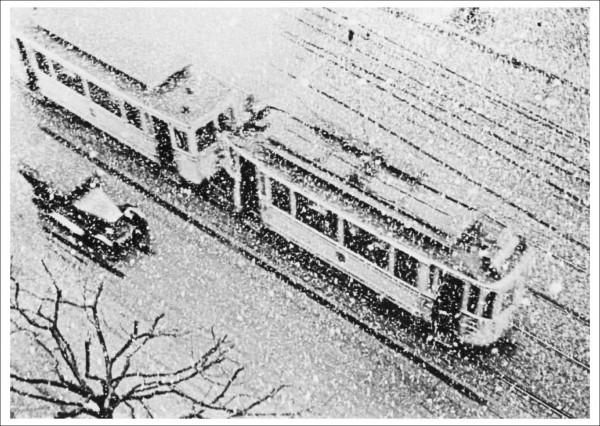 """Postcard """"Dr. Paul Wolff - Aus der Serie: Der erste Schnee, 1928"""""""