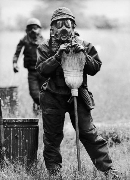 Régis Bossu ''Nuclear War means: Be prepared'', 1980