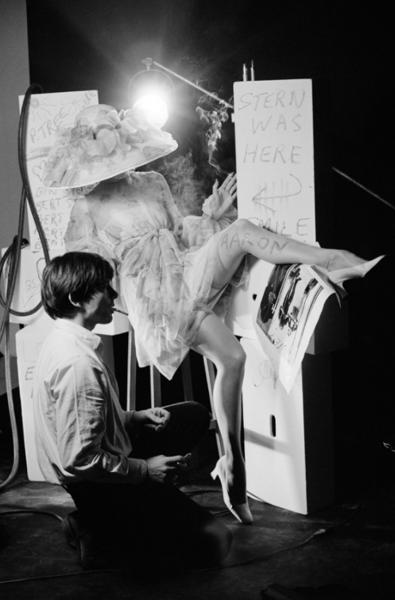 "Michael Friedel ""David Bailey, Fotograf"", Studio, London, 1968"