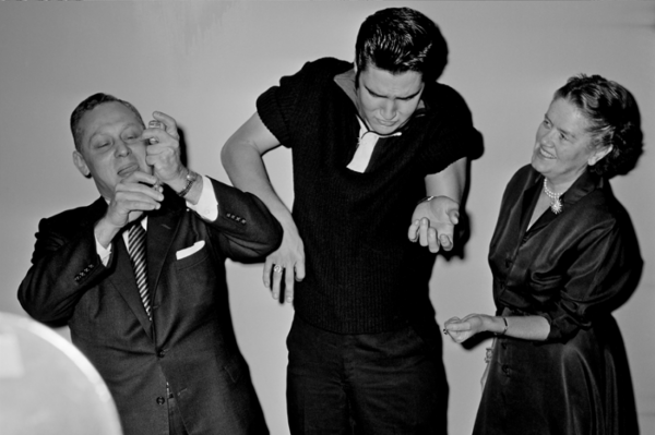 "Michael Friedel ""Elvis, erste Ed Sullivan-Show, Demo Polio-Impfung"", New York, 1956"