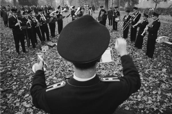 """Michael Friedel """"Feuerwehrkapelle, Treibjagd"""", Schleswig-Holstein, 1962"""