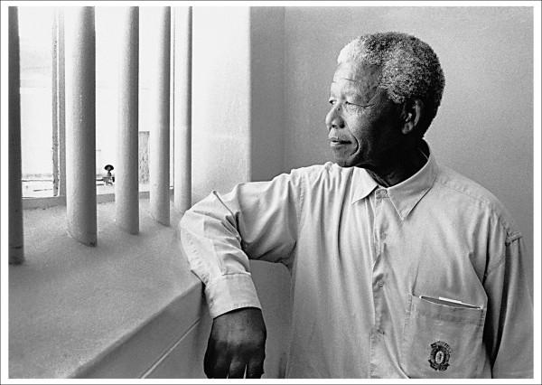 """Postcard Ernst Leitz Museum """"Jürgen Schadeberg - Nelson Mandela, 1994"""""""
