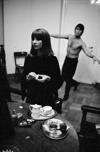 """Michael Friedel """"Esther und Abi Ofarim, Frühstück im Hotel"""", Hamburg, 1965"""