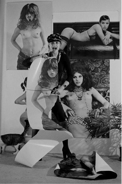 """Michael Friedel """"Uschi Obermaier zensiert ihre Poster mit der Schere"""", München, 1975"""