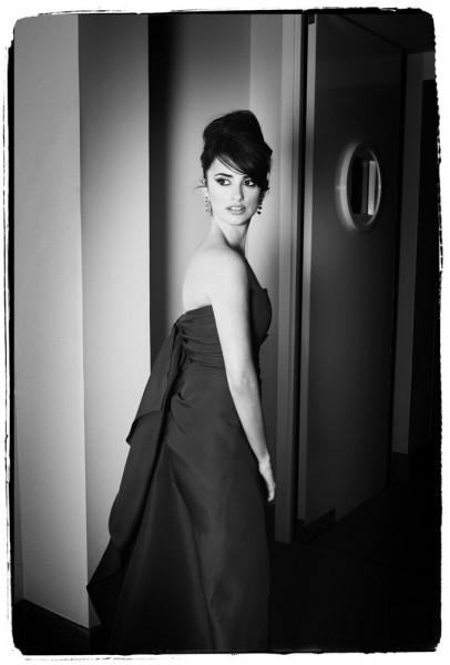 """Emanuele Scorcelletti """"Intimate backstage, Penélope Cruz"""", 59th Cannes Festival, Mai 2006"""