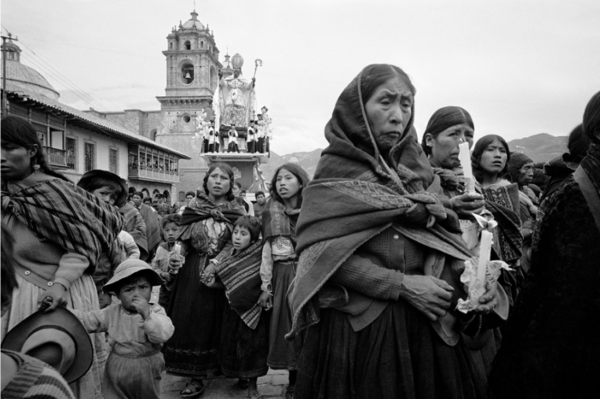 """Michael Friedel """"Fronleichnamsprozession, Indianer"""", Cuzco, Hochland Peru, 1972"""